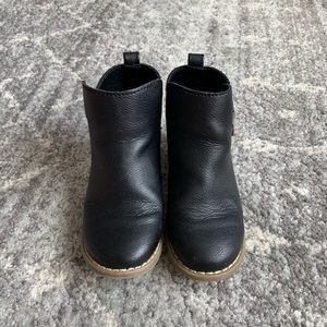 GAP Shoes - Gap Toddler Girl Faux Leather booties